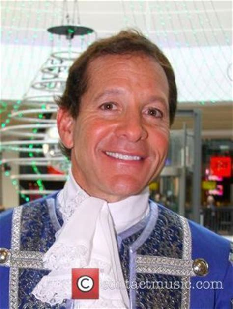 Steve Guttenberg Pictures | Photo Gallery | Contactmusic