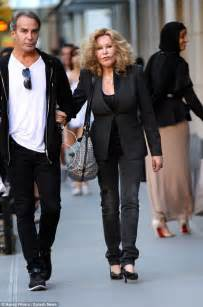 'Catwoman' Jocelyn Wildenstein and fiancé arrested again